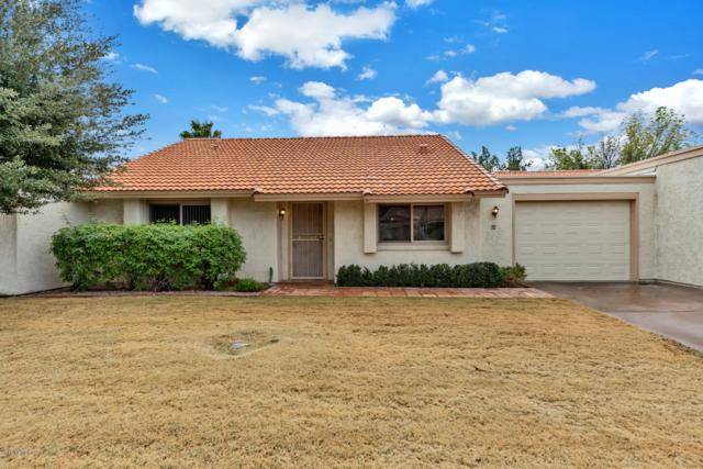 68 Leisure World Boulevard, Mesa, AZ 85206 (MLS #5887475) :: Kortright Group - West USA Realty