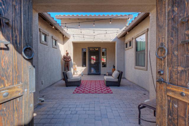 3110 E Los Altos Court, Gilbert, AZ 85297 (MLS #5889992) :: Revelation Real Estate