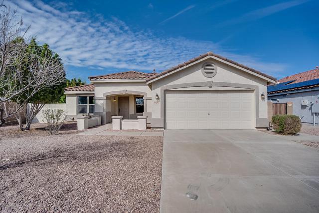 3120 W Spur Drive, Phoenix, AZ 85083 (MLS #5892077) :: Yost Realty Group at RE/MAX Casa Grande