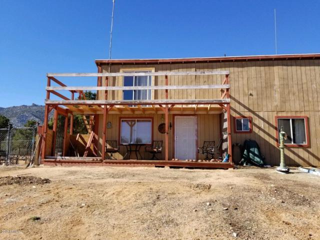 10411 E Amber Court, Hackberry, AZ 86411 (MLS #5893812) :: Yost Realty Group at RE/MAX Casa Grande