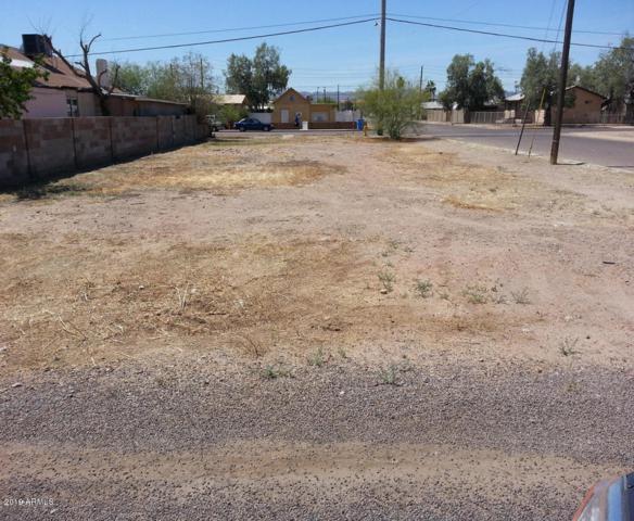 1900 E Adams Street, Phoenix, AZ 85034 (MLS #5895786) :: CC & Co. Real Estate Team