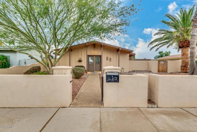 2352 W Paradise Drive, Phoenix, AZ 85029 (MLS #5895927) :: Yost Realty Group at RE/MAX Casa Grande