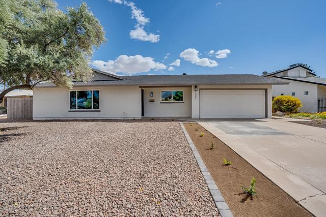 1045 E Carson Drive, Tempe, AZ 85282 (MLS #5896252) :: CC & Co. Real Estate Team