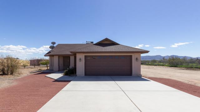25238 N 195TH Avenue, Wittmann, AZ 85361 (MLS #5896647) :: CC & Co. Real Estate Team