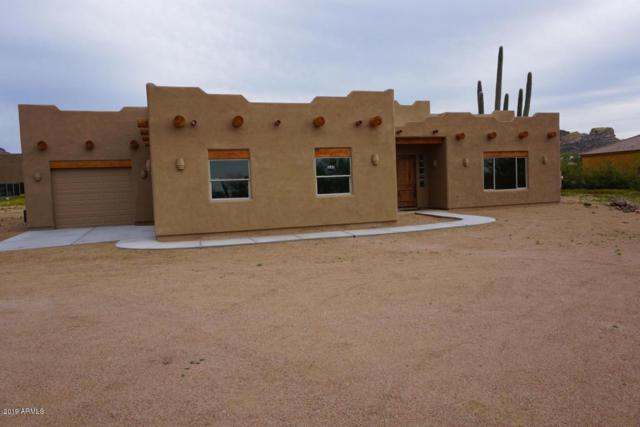 103 S Sixshooter Road, Apache Junction, AZ 85119 (MLS #5897441) :: The Laughton Team