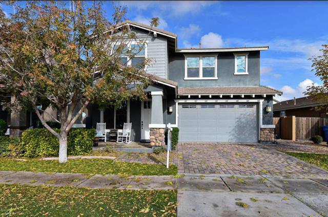 4126 E Rawhide Street, Gilbert, AZ 85296 (MLS #5897625) :: The Daniel Montez Real Estate Group