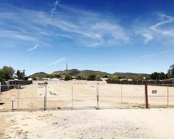4816 W Park View Lane, Glendale, AZ 85310 (MLS #5898243) :: The Wehner Group