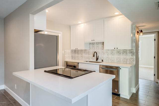 2702 N 60TH Street, Scottsdale, AZ 85257 (MLS #5898689) :: REMAX Professionals