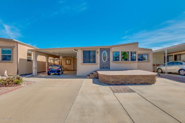 17200 W Bell Road #228, Surprise, AZ 85374 (MLS #5898705) :: The W Group