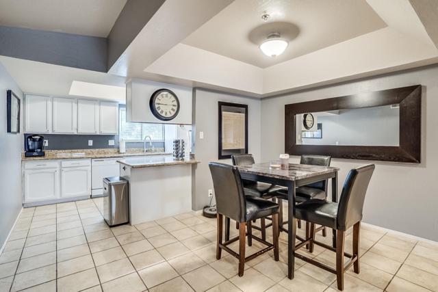 3031 N Civic Center Plaza #330, Scottsdale, AZ 85251 (MLS #5899127) :: Lux Home Group at  Keller Williams Realty Phoenix