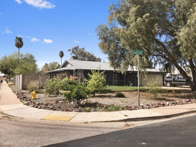 3142 S Brooks Circle, Mesa, AZ 85202 (MLS #5899706) :: The Wehner Group