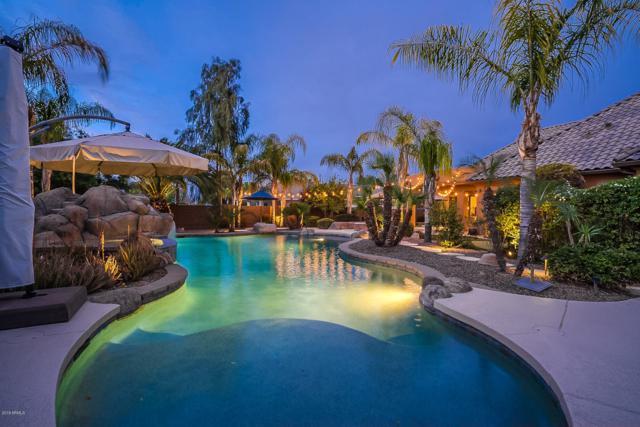 2568 S Riata Court, Gilbert, AZ 85295 (MLS #5899970) :: Yost Realty Group at RE/MAX Casa Grande