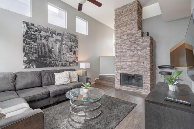 3633 N 3RD Avenue #2066, Phoenix, AZ 85013 (MLS #5900228) :: Team Wilson Real Estate