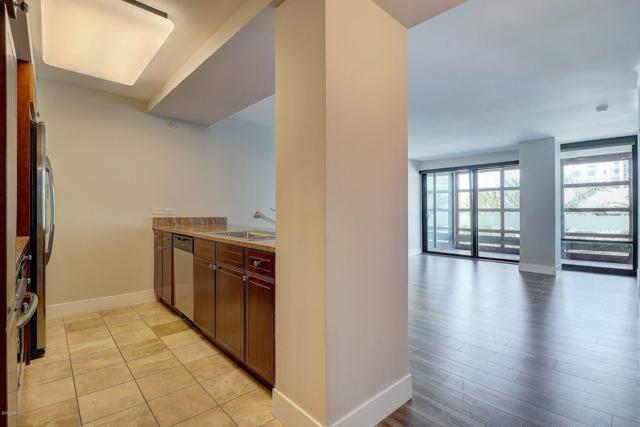 4808 N 24TH Street #528, Phoenix, AZ 85016 (MLS #5900536) :: The Wehner Group