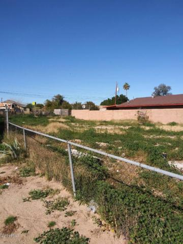 9022 S Calle Azteca, Guadalupe, AZ 85283 (MLS #5900596) :: Arizona 1 Real Estate Team
