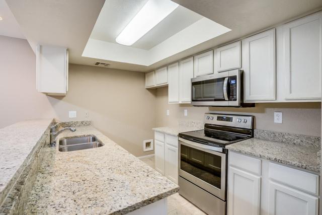 7777 E Main Street #129, Scottsdale, AZ 85251 (MLS #5903808) :: The Wehner Group