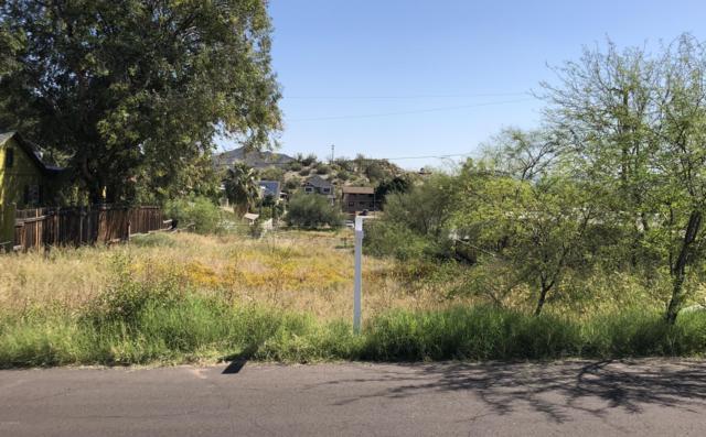 1533 E Sunnyside Drive, Phoenix, AZ 85020 (MLS #5905079) :: Yost Realty Group at RE/MAX Casa Grande