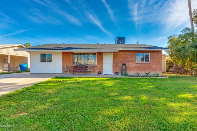 1815 E Lynne Lane, Phoenix, AZ 85042 (MLS #5905682) :: Yost Realty Group at RE/MAX Casa Grande