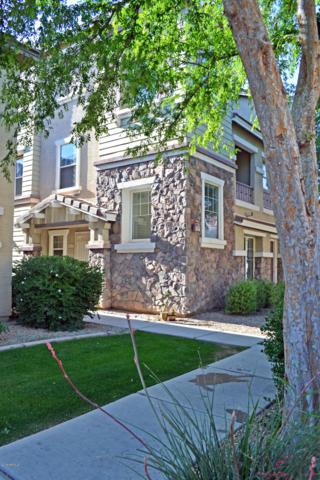 913 W Aspen Way, Gilbert, AZ 85233 (MLS #5907398) :: Yost Realty Group at RE/MAX Casa Grande