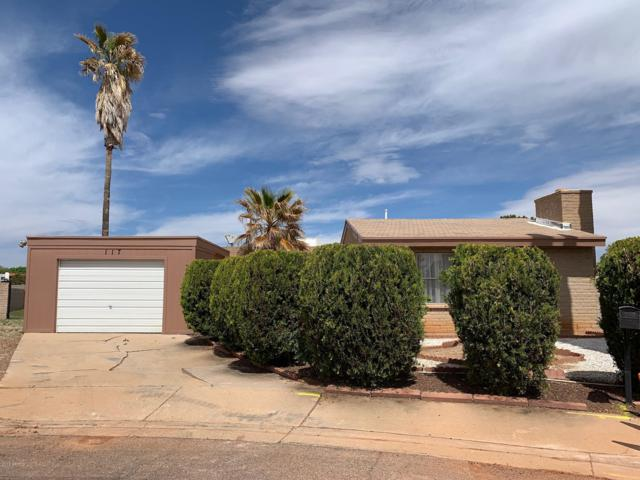 117 Meadows Drive, Sierra Vista, AZ 85635 (MLS #5908279) :: Yost Realty Group at RE/MAX Casa Grande