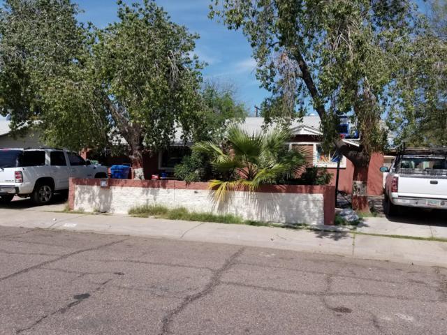 8124 W Clarendon Avenue, Phoenix, AZ 85033 (MLS #5909423) :: Yost Realty Group at RE/MAX Casa Grande