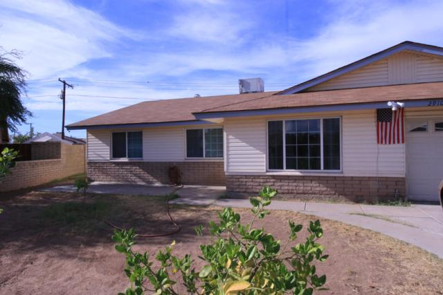 2910 W Acoma Drive, Phoenix, AZ 85053 (MLS #5909491) :: Yost Realty Group at RE/MAX Casa Grande