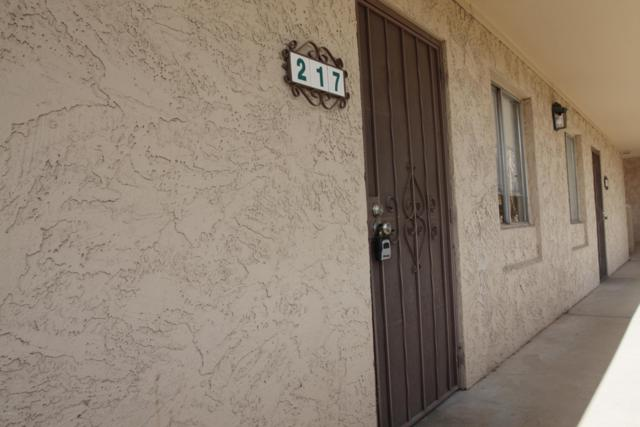 3314 N 68th Street 217W, Scottsdale, AZ 85251 (MLS #5909757) :: Lux Home Group at  Keller Williams Realty Phoenix