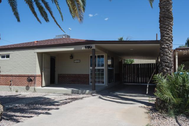 7235 N 25TH Drive, Phoenix, AZ 85051 (MLS #5910846) :: Yost Realty Group at RE/MAX Casa Grande