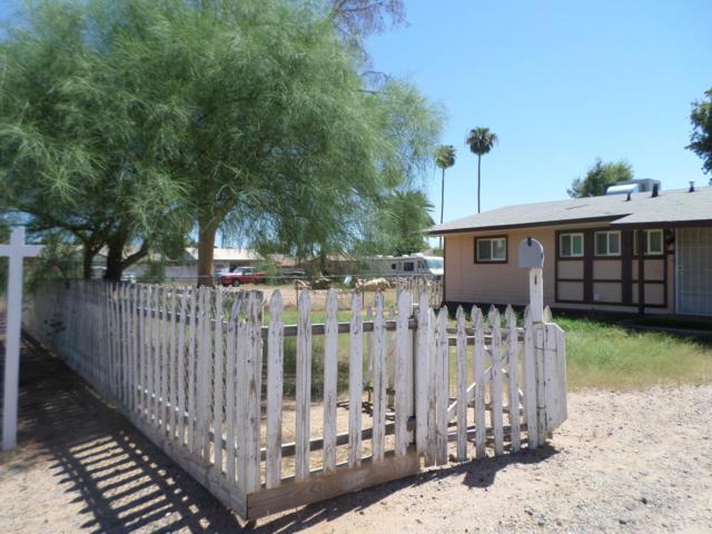 3042 N 37TH Street, Phoenix, AZ 85018 (MLS #5912589) :: Yost Realty Group at RE/MAX Casa Grande