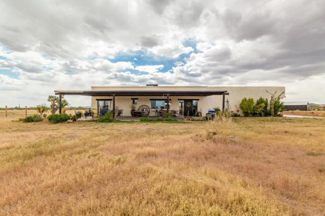 38026 N 251ST Avenue, Morristown, AZ 85342 (MLS #5912618) :: RE/MAX Excalibur