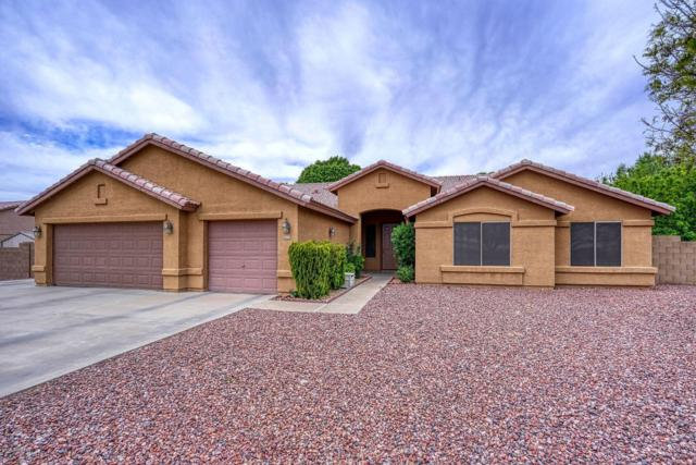 8322 N 177TH Avenue, Waddell, AZ 85355 (MLS #5913005) :: Kortright Group - West USA Realty