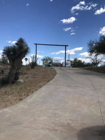 1605 N Little Stonehedge Ranch Road, Wickenburg, AZ 85390 (MLS #5913541) :: The W Group