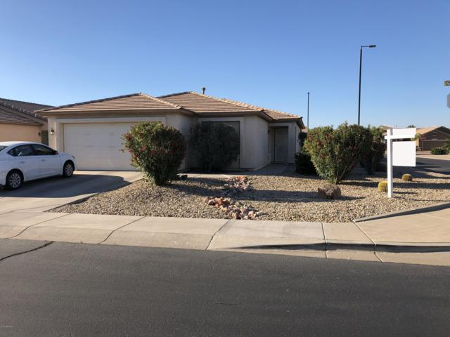 3540 E Gleneagle Place, Chandler, AZ 85249 (MLS #5913700) :: Kortright Group - West USA Realty