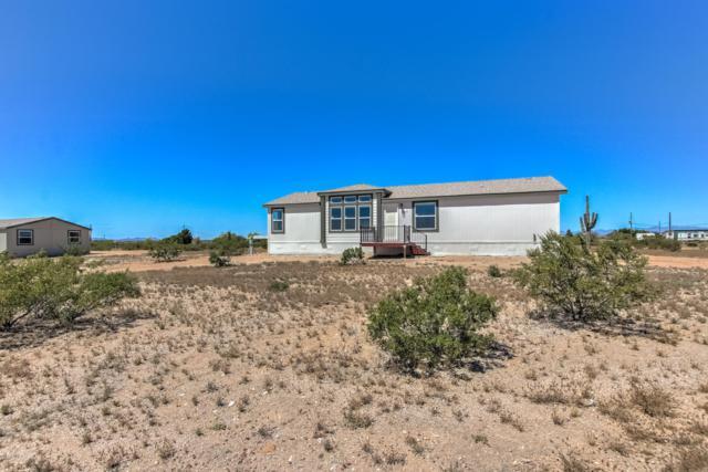 19844 E Firethorn Road, Florence, AZ 85132 (MLS #5914345) :: Yost Realty Group at RE/MAX Casa Grande