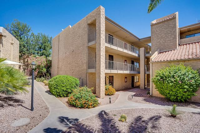 4950 N Miller Road #137, Scottsdale, AZ 85251 (MLS #5914640) :: The Daniel Montez Real Estate Group