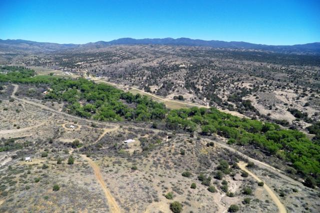 0000 Walnut Grove Road, Wagoner, AZ 86332 (MLS #5914721) :: Lucido Agency