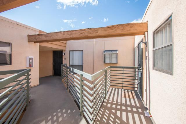 3330 W Danbury Drive E203, Phoenix, AZ 85053 (MLS #5914813) :: Lifestyle Partners Team