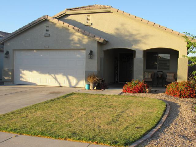 1748 W Desert Mountain Drive, Queen Creek, AZ 85142 (MLS #5915223) :: Brett Tanner Home Selling Team