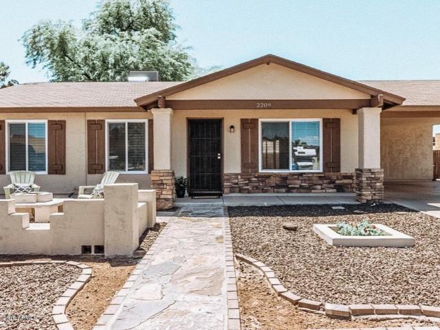 2209 W Behrend Drive, Phoenix, AZ 85027 (MLS #5916678) :: Lux Home Group at  Keller Williams Realty Phoenix