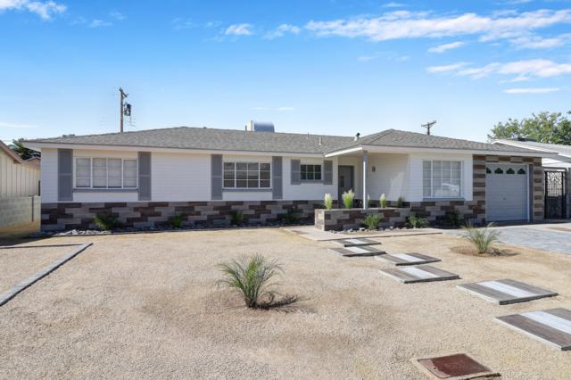 3815 W San Juan Avenue, Phoenix, AZ 85019 (MLS #5916908) :: Yost Realty Group at RE/MAX Casa Grande