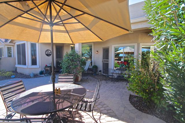 20619 N Lemon Drop Drive, Maricopa, AZ 85138 (MLS #5916951) :: Yost Realty Group at RE/MAX Casa Grande