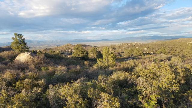 159 E Rainbow Bend, Kirkland, AZ 86332 (MLS #5917428) :: Riddle Realty Group - Keller Williams Arizona Realty