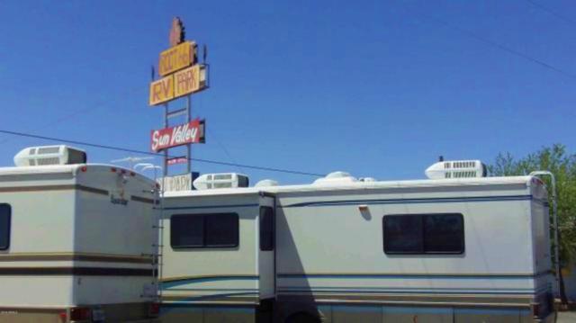 7625 Quartzsite Street, Sun Valley, AZ 86029 (MLS #5919051) :: Brett Tanner Home Selling Team