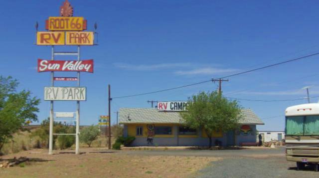 7625 Quartzsite Street, Sun Valley, AZ 86029 (MLS #5919054) :: Brett Tanner Home Selling Team