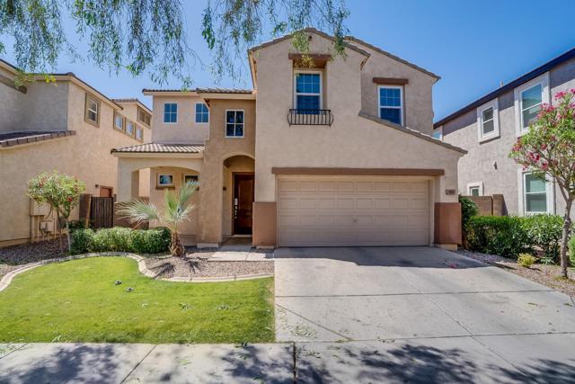 4165 E Vest Avenue, Gilbert, AZ 85295 (MLS #5920052) :: The Kenny Klaus Team