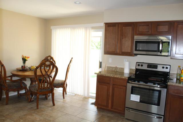 8228 W Fairmount Avenue, Phoenix, AZ 85033 (MLS #5921957) :: Riddle Realty