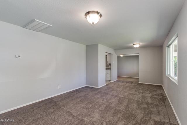 665 E Commonwealth Place, Chandler, AZ 85225 (MLS #5922470) :: CC & Co. Real Estate Team