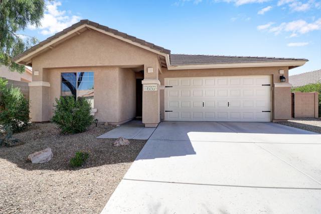 657 S 167TH Lane, Goodyear, AZ 85338 (MLS #5922866) :: CC & Co. Real Estate Team