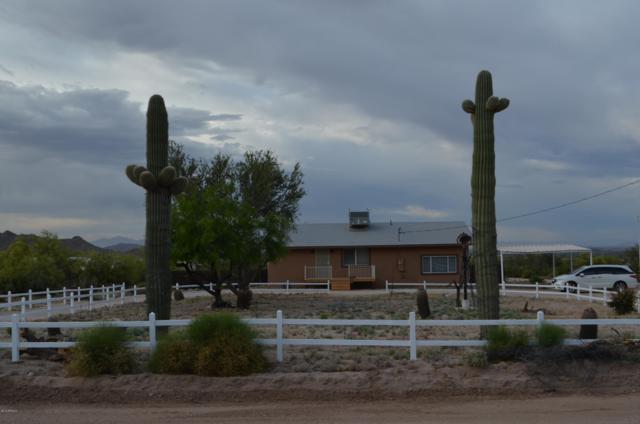 53880 W Cardinal Road, Maricopa, AZ 85139 (MLS #5923262) :: CC & Co. Real Estate Team