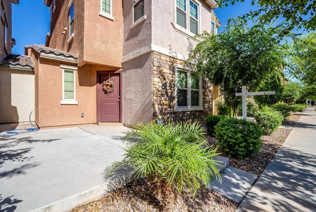 2044 N 77TH Lane, Phoenix, AZ 85035 (MLS #5923942) :: Revelation Real Estate